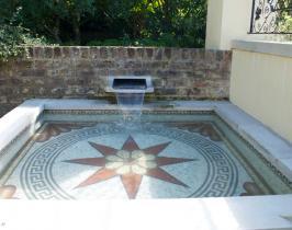 Bespoke garden water spout