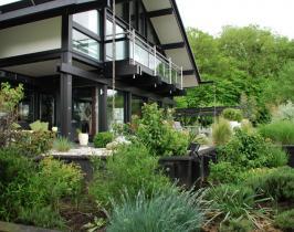 Contemporary garden design for Huf Haus project